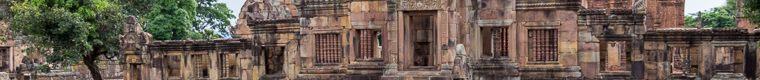 Muang Tam Khmer temple ruin
