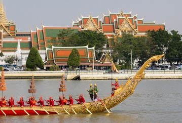 large royal barge in front of Wat Phra Kaew
